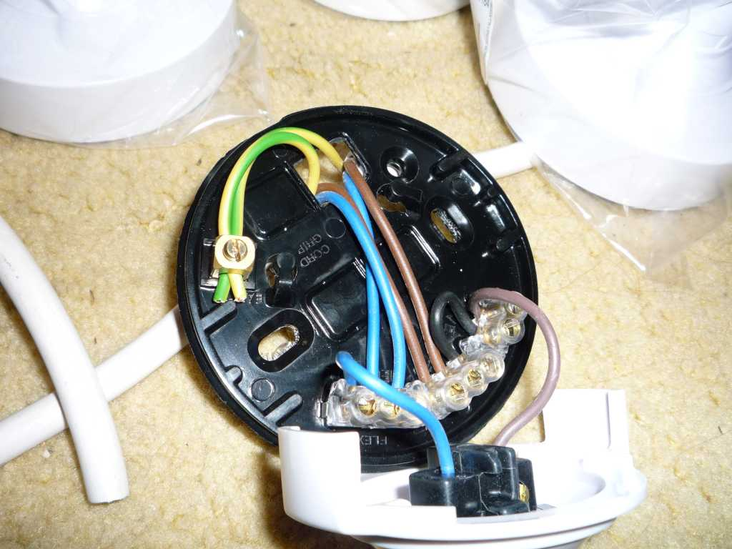 Batten Holder Wiring Diagram Australia : Wiring multiple cfl lamps to one power source lighting